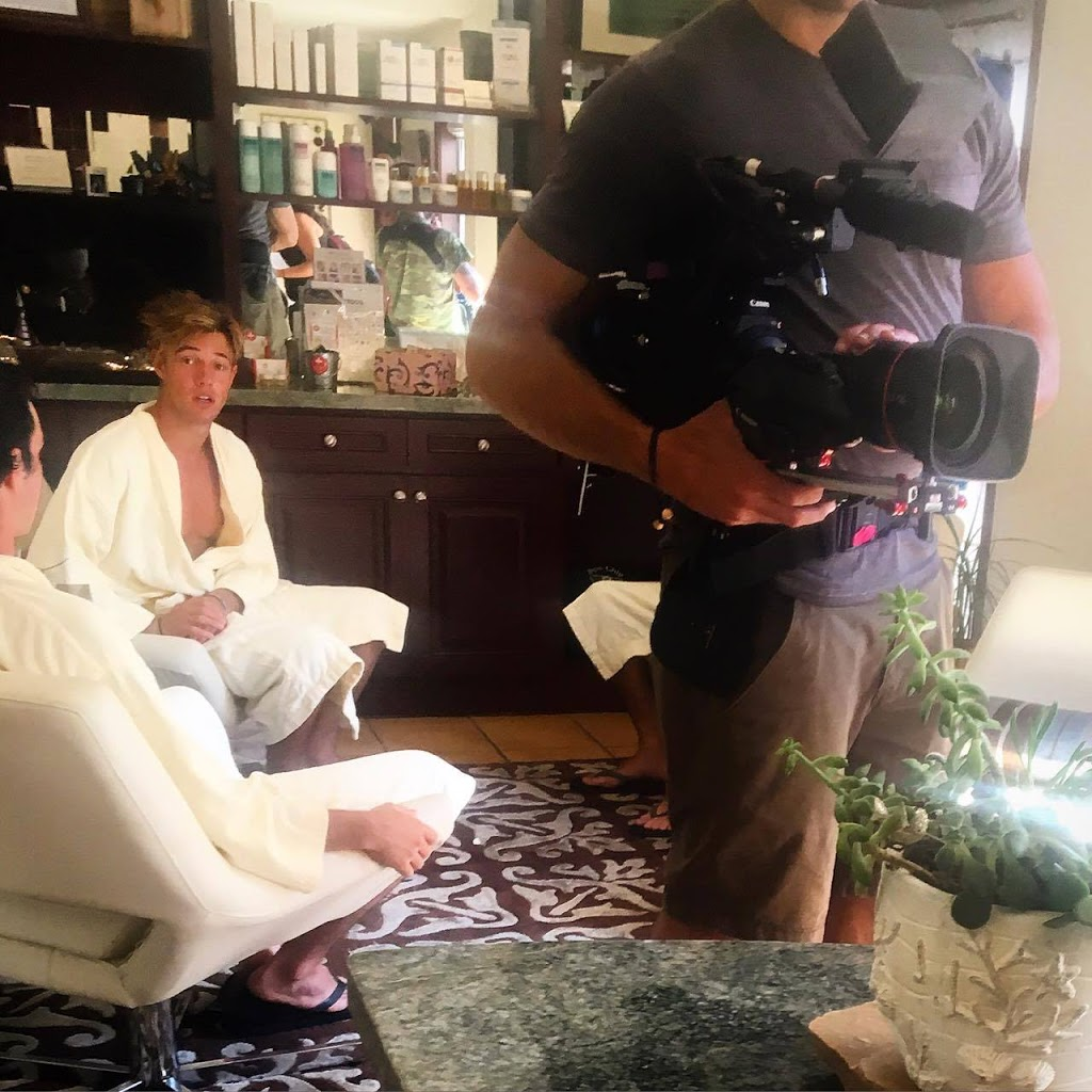 Cameron Dallas's Spa Party Filmed by Netflix